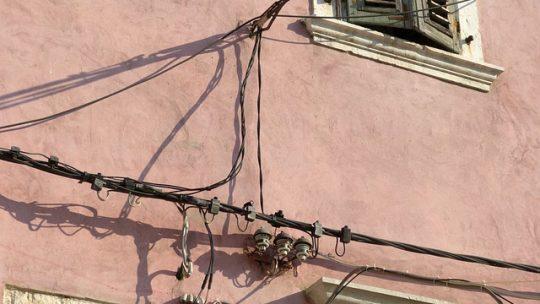 Comment vérifier l'état de votre installation électrique ?
