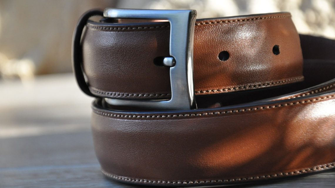 Pourquoi et comment choisir une ceinture artisanale en cuir pour homme ?
